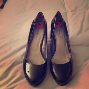 Black heels never worn without tag